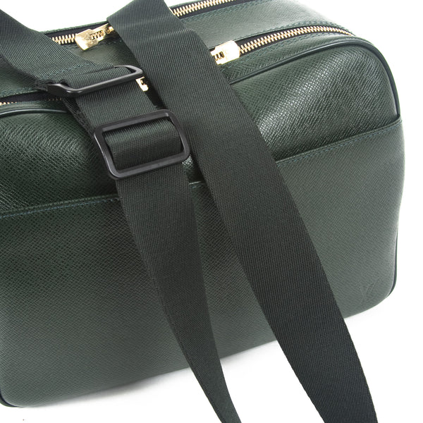 Louis Vuitton Green Taiga Reporter PM (Authentic Pre Owned)