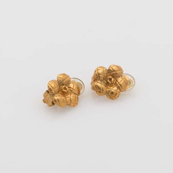 Chanel Clip Earrings (Pre Owned)