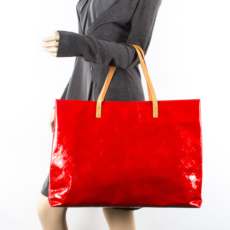 Louis Vuitton Red Vernis Reade GM (Authentic Pre Owned)