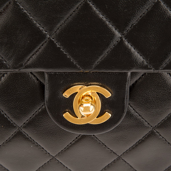 Chanel Black Lambskin Single Flap (Authentic Pre Owned)