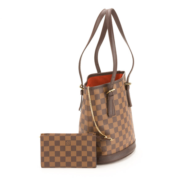Louis Vuitton Damier Ebene Marais Bucket Bag (Pre Owned)