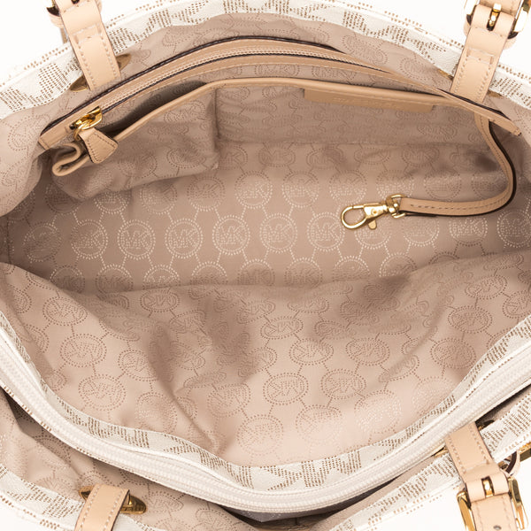 Michael Kors Beige Leather East/West Logo Jet Set (New with Tags)