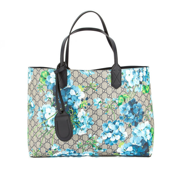436d9b20be4f78 Gucci Blue Leather Reversible GG Blooms Medium Tote (New with Tags ...