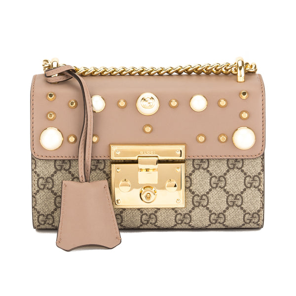 43671e54ea94 Gucci Nude Leather GG Supreme Canvas Padlock Studded Shoulder Bag New with  Tags