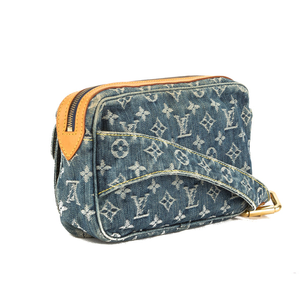 ccb0f9a30d0 Louis Vuitton Blue Monogram Denim Bum Bag (Pre Owned) - 3691008 | LuxeDH