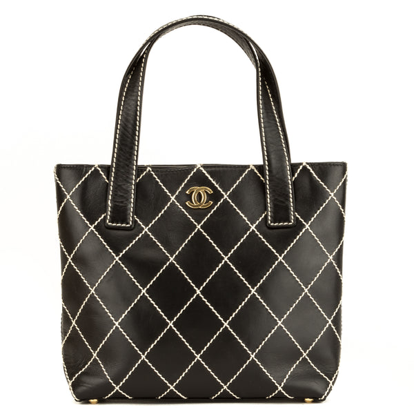8fda061510d3 Chanel Black Quilted Wild Stitch Tote (4040021) - 4040021 | LuxeDH
