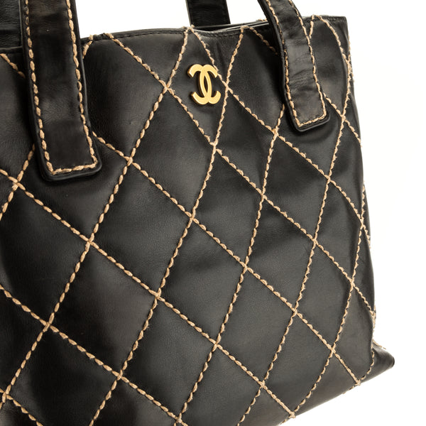 Chanel Black Quilted Wild Stitch Tote (4071021)