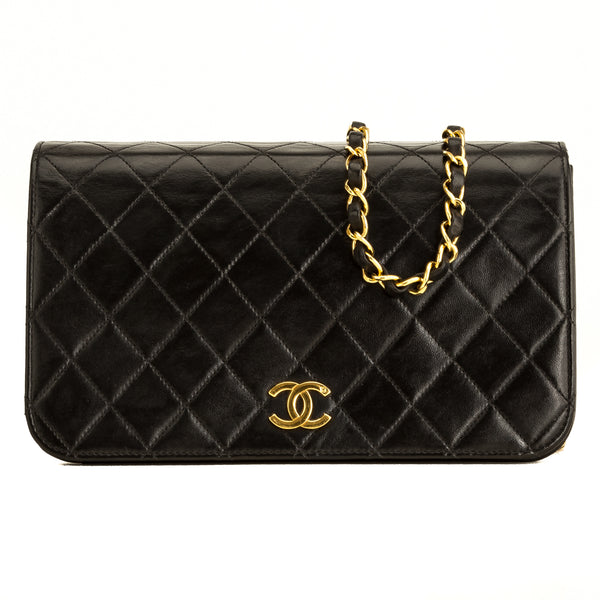 CHANEL Black Quilted Lambskin Flap Bag (5101002)