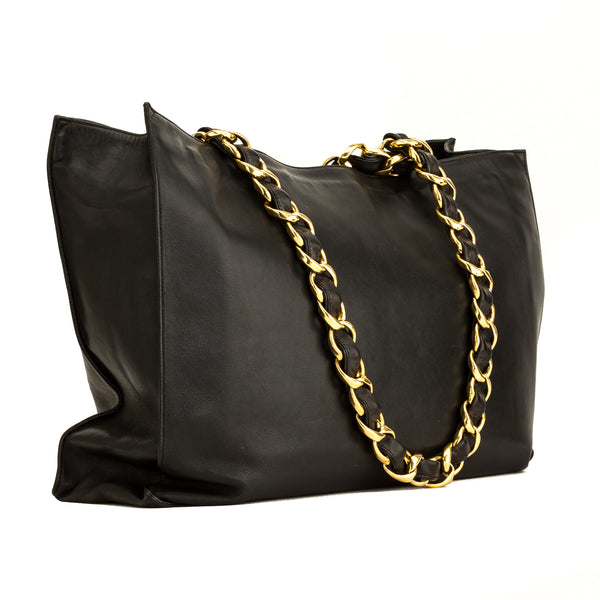 Chanel Black Lambskin leather Timeless Tote Bag (5101018)