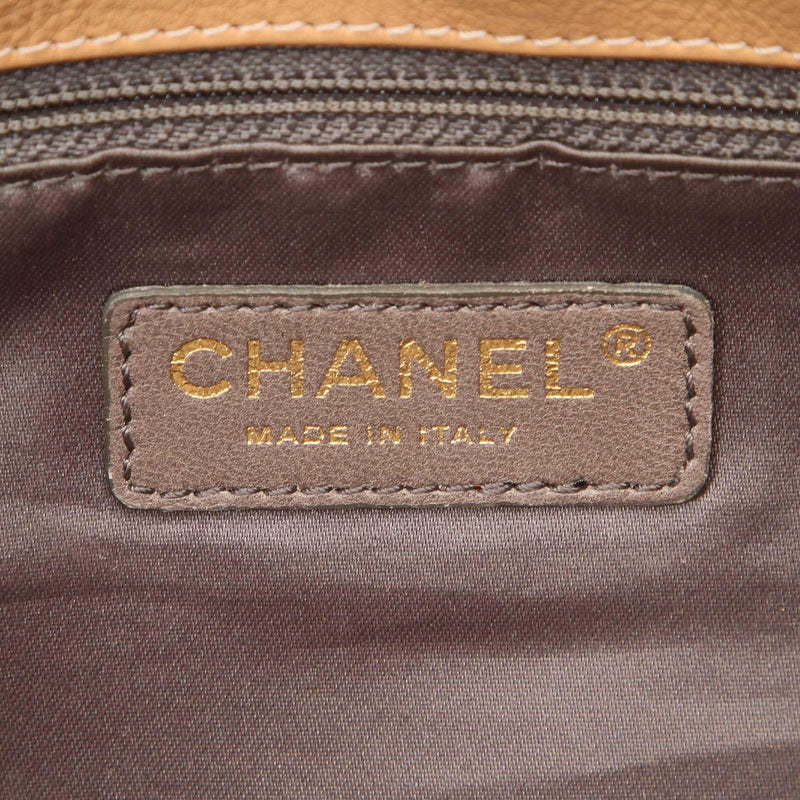 Chanel Lambskin CC Shoulder Bag (SHG-12212)