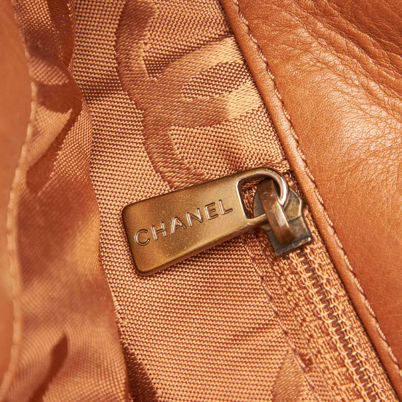 Chanel Lambskin Leather Tote Bag (SHG-16689)