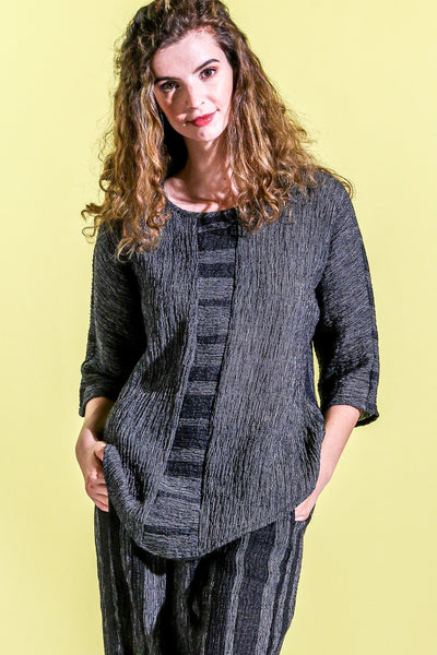 Khangura Unique Best Quality Trendy Fashion Top in Black and White in Designer Linen. Comfy Clothing USA-Made for fabulous over 40. Natural Fiber Clothing Made in USA.