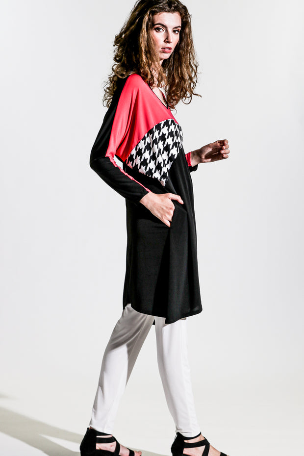 Funky Tunic Dress - black petunia