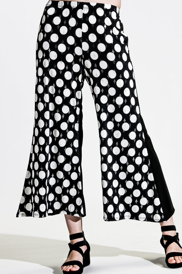 Khangura black white polka dot pull-on capri pants Luxurious classic palazzo pants. Artsy yet comfy pants made in USA offered by Khangura online boutique.