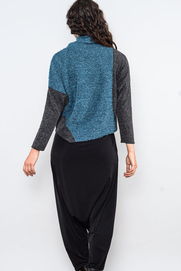 Soft Turtleneck Sweater Top - pavone charcoal