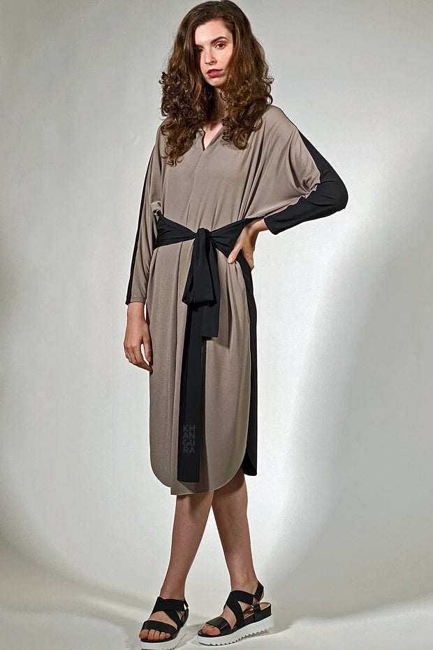 unique dress. dramatic design tunic dress. taupe with black confortable ladies fashion in travel wear. distinctive dress clothes. Artsy designer boutique like dress. Artimino by Khangura.