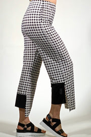 best ladies pants for summer by Khangura. comfy retro pant. cute fashion pants. women's clothing boutique.
