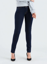 Levis Womans 711 Skinny