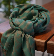 Load image into Gallery viewer, Green Celtic Pashmina