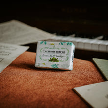 Load image into Gallery viewer, Moher Soap Co. Mint Solid Moisturiser & Garden Mint & Eucalyptus Natural Soap - Gift Set
