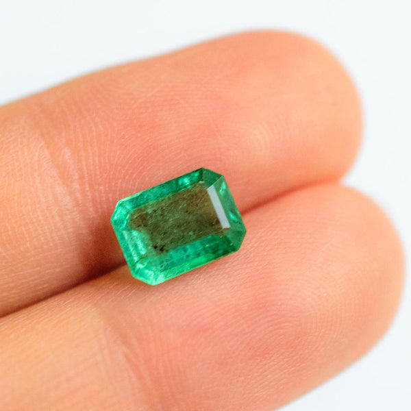 Natural Emerald Gem for Emerald Jewellery - Modern Gem Jewelry