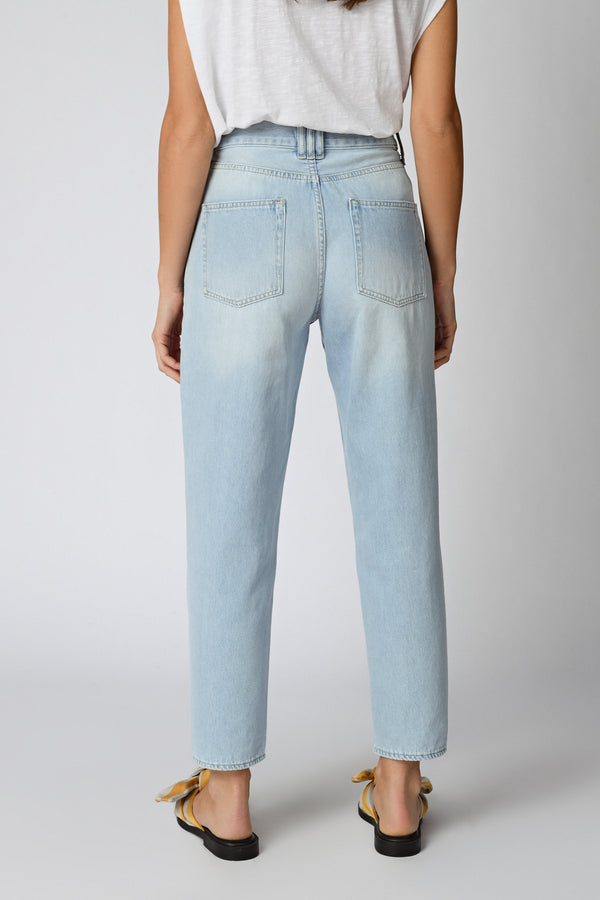 496 IZA JEANS RELAXED TAILLE HAUTE- BLEU CLAIR