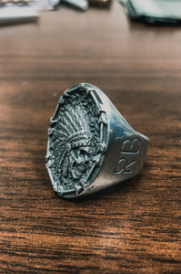 Trustless Chief Oval Pewter Ring