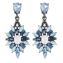 Load image into Gallery viewer, FlowerPower Earrings