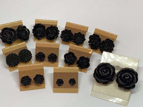 Flower Stud Earrings - Black