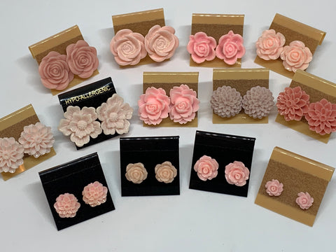 Flower Stud Earrings - Light Pink