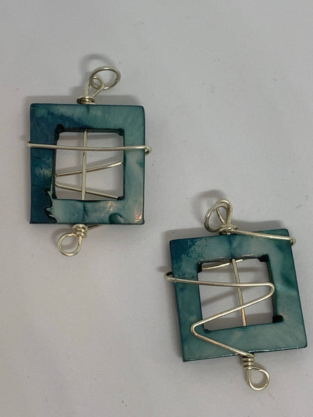 Wire Wrapped Shell Pendants Square