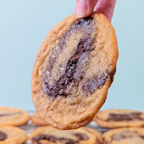 The Absolute Best Chocolate Chip Cookie (12 Pieces)