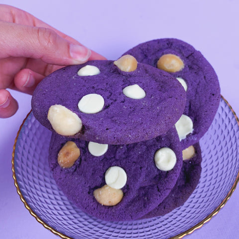 Ube White Chocolate (12 pieces)