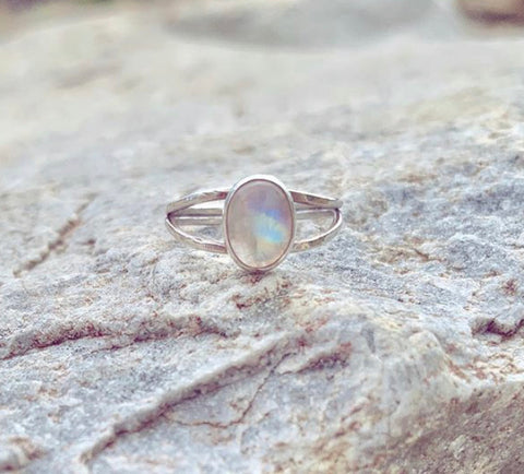 HHS-73 Double Band Moonstone Ring - Size 8.5