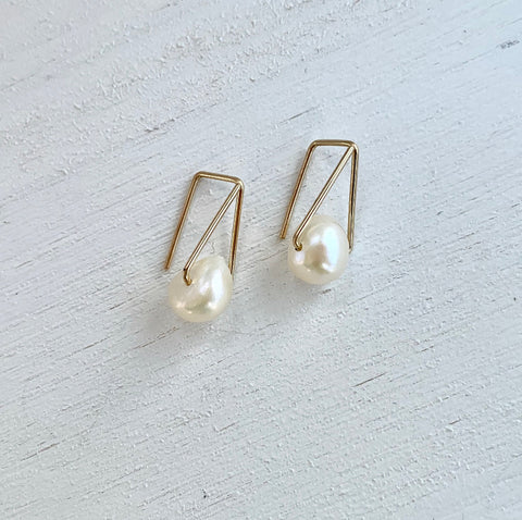 HHS-122 Triangle Pearl Drops -14K Rose Gold filled