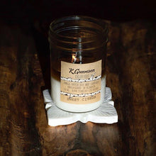 Load image into Gallery viewer, KGC-14 Sweet Citrus Soy Candle