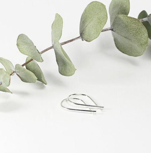 TMD-26 Sterling Silver mini Ribbon Earrings