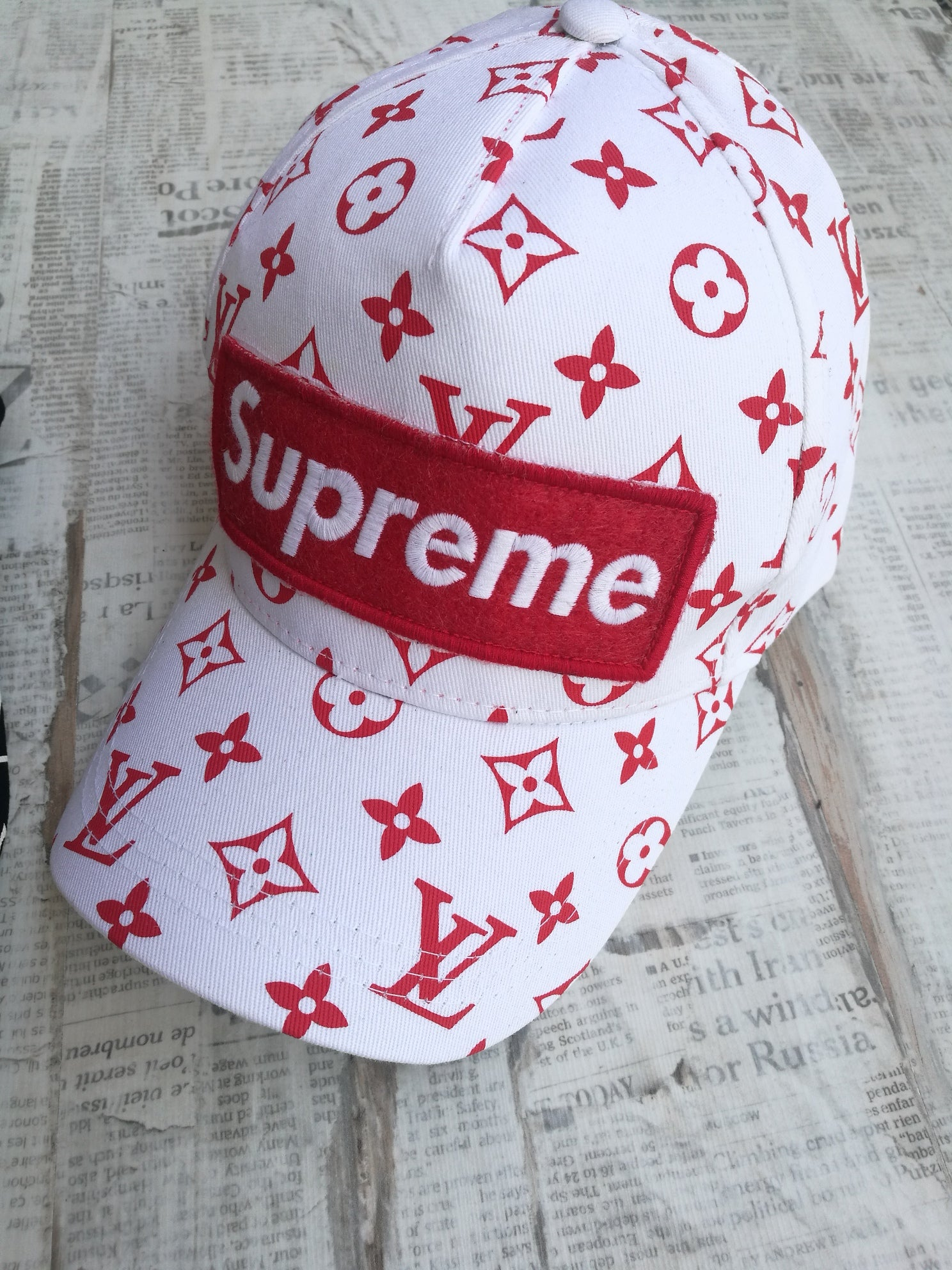 Louis Vuitton Supreme Baseball Cap Hats