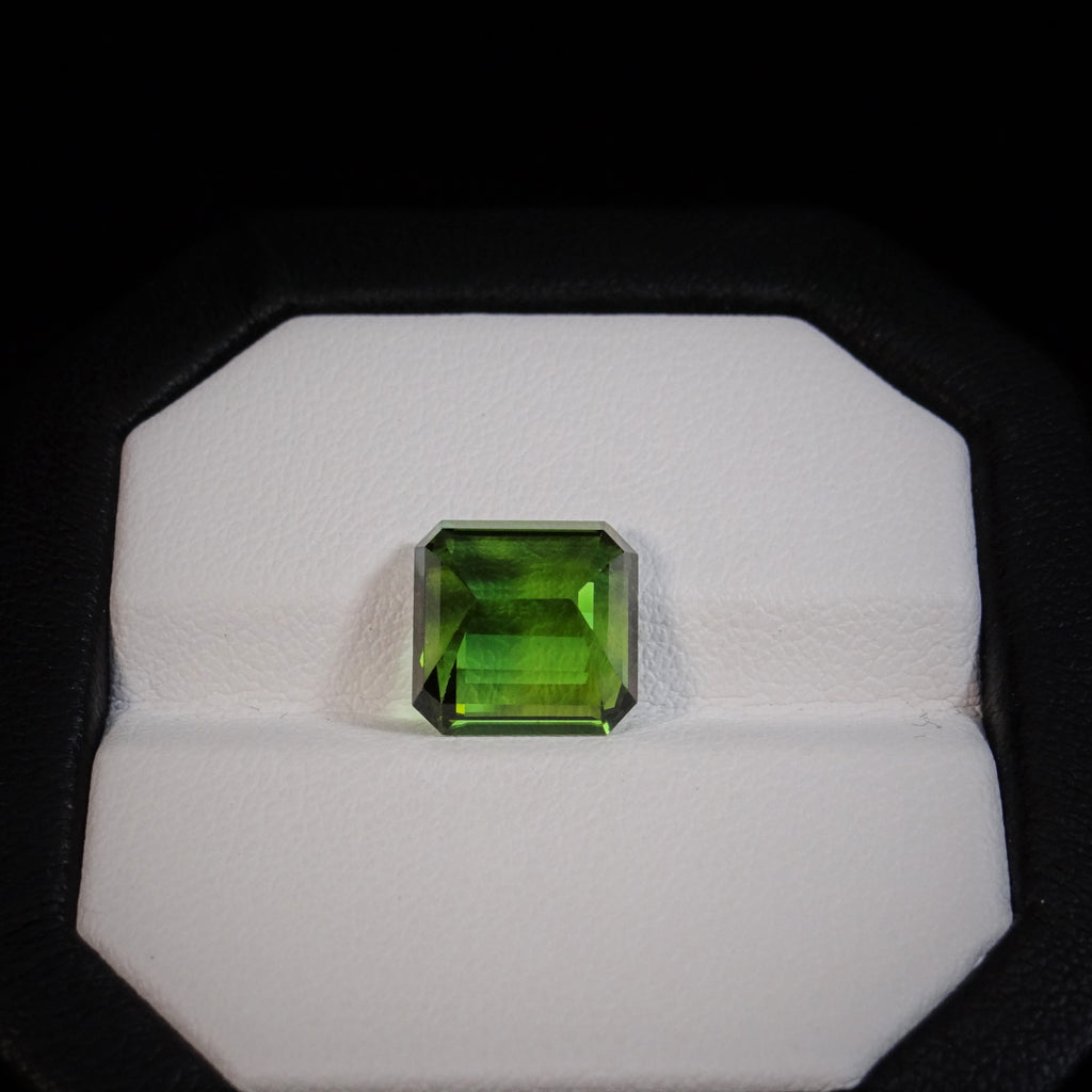Natural Green Tourmaline - 5.56 ct.