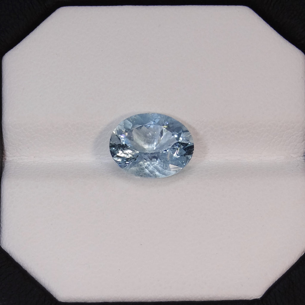 Natural Aquamarine - 2.90 ct.