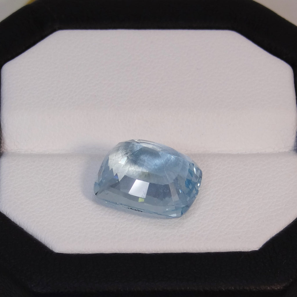 Natural Aquamarine - 7.08 ct.