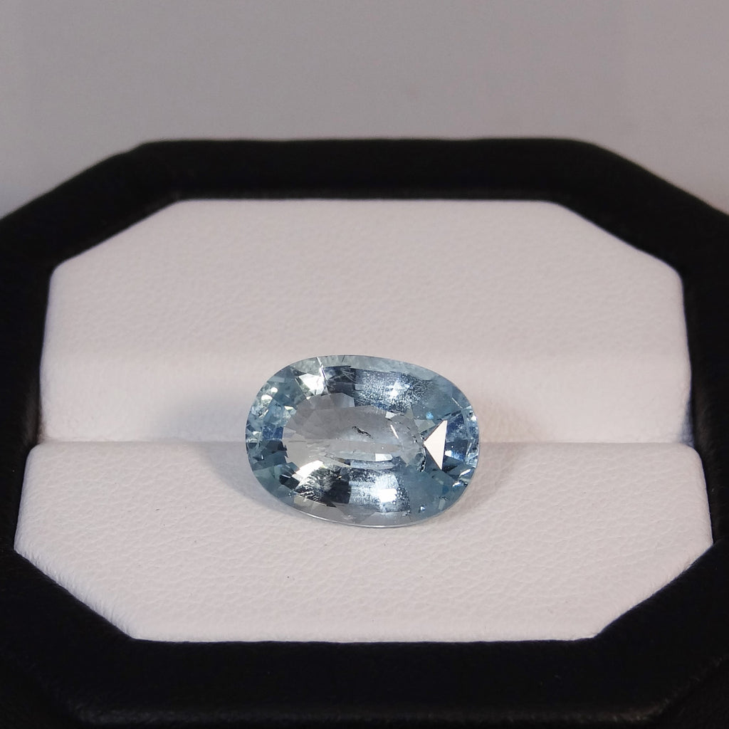 Natural Aquamarine - 5.13 ct.