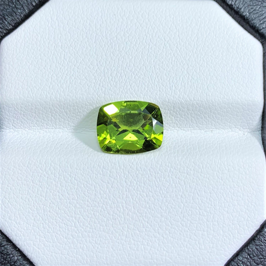 Natural Peridot - 2.75 ct.