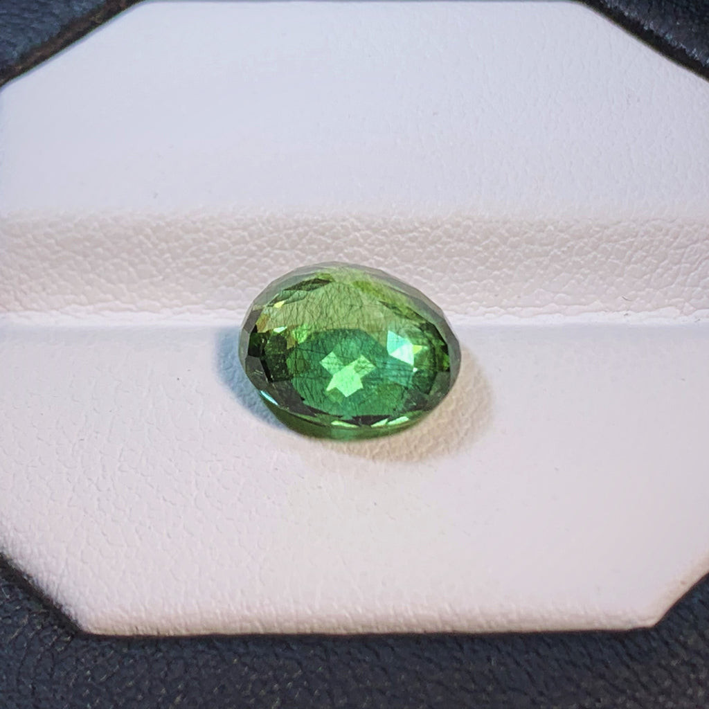 Natural Peridot - 4.87 ct.