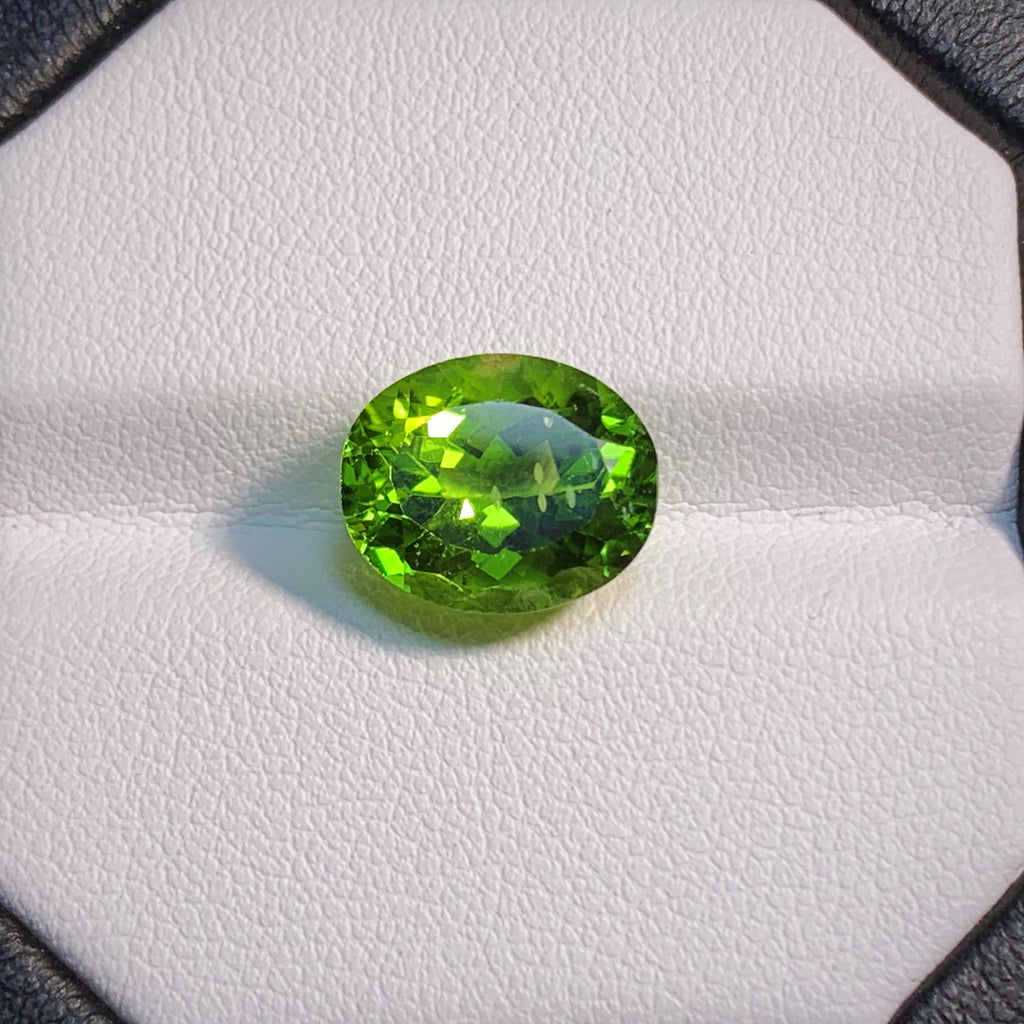 Natural Peridot - 6.07 ct.