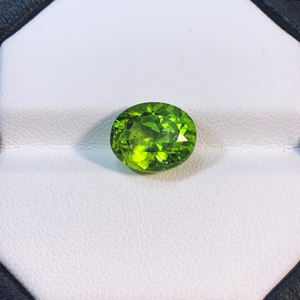 Natural Peridot - 5.15 ct.