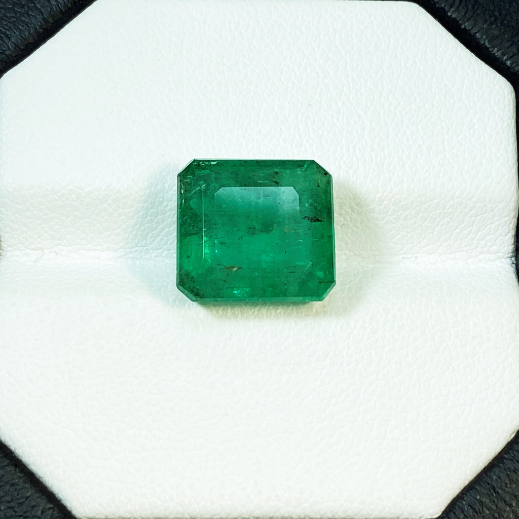 Natural Emerald - 7.70 ct.