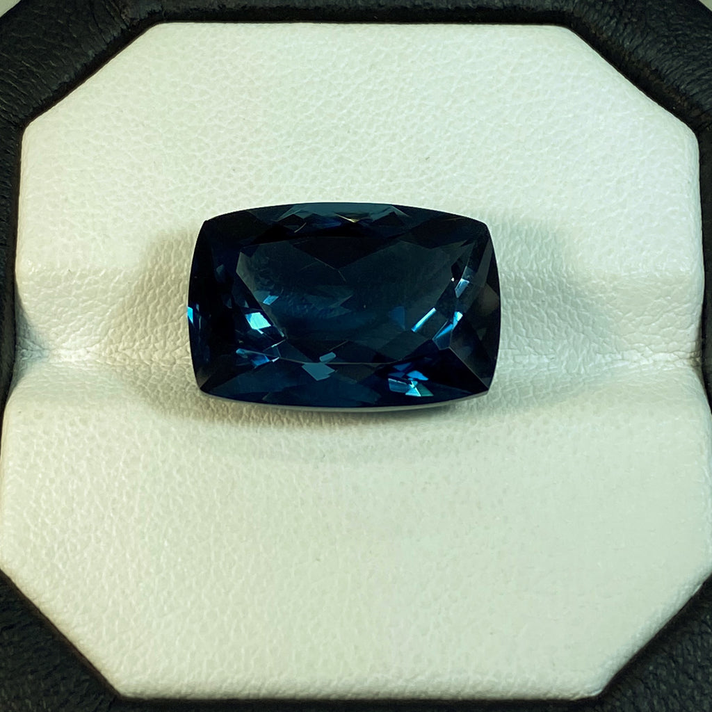 Natural Topaz - 15.21 ct.
