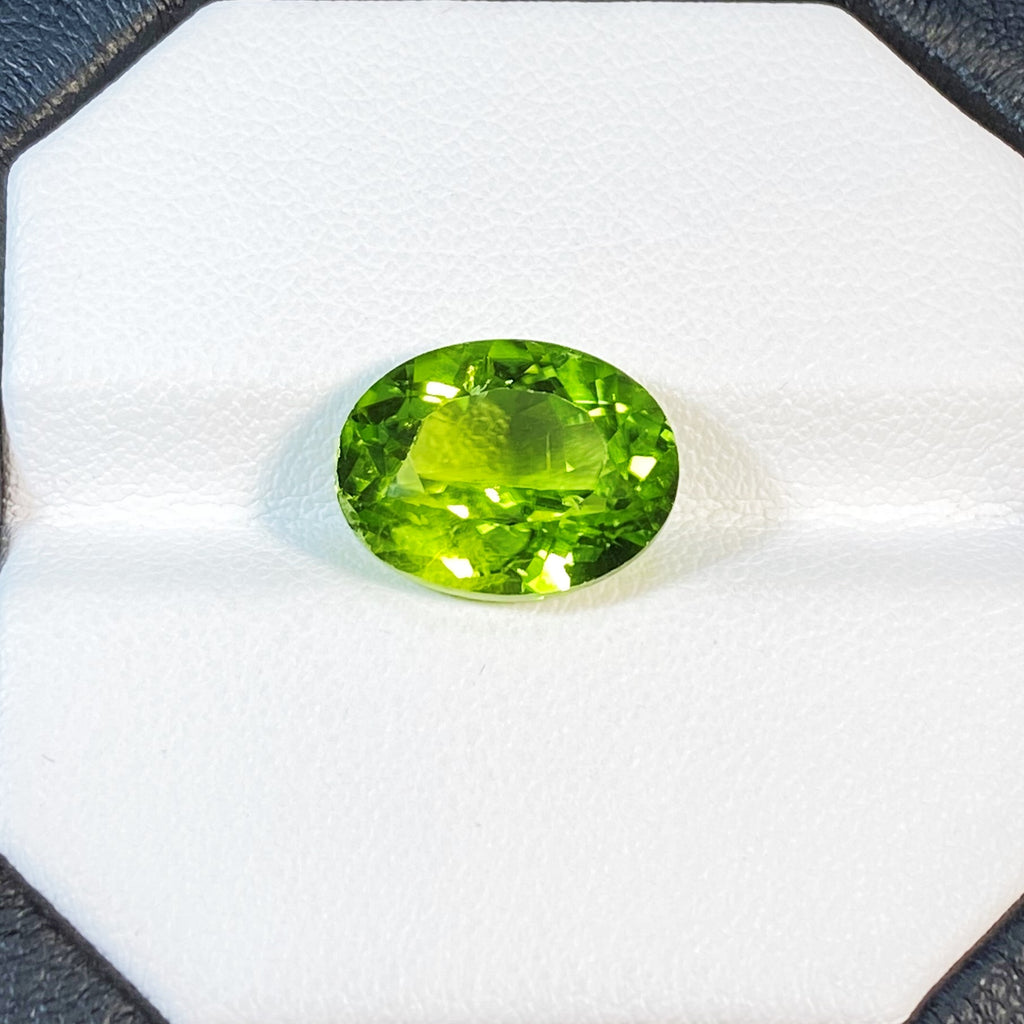 Natural Peridot - 6.14 ct.