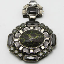 Load image into Gallery viewer, Baroque Pendant and Chain
